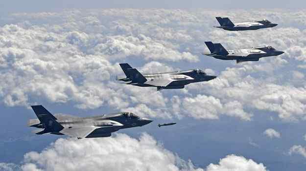 Corea: bombardieri strategici Usa simulano attacco aria-terra sul mar del Giappone