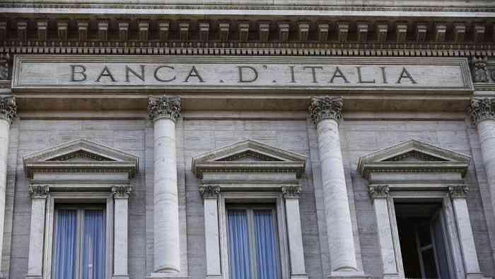 Bankitalia, attesa per nuova nomina governatore: probabile riconferma di Visco, il Pd attacca